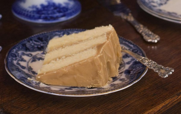 north carolina interior designer kathryn greeley presents grandmother crisps caramel cake